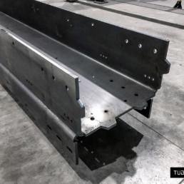 Automotive - U profile special laser cutting